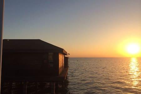 淀山湖梦莱茵帆船游艇俱乐部-1号水上木屋 Rhine Dream - Mökki
