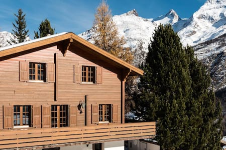 Room type: Entire home/apt Property type: Chalet Accommodates: 8 Bedrooms: 4 Bathrooms: 1