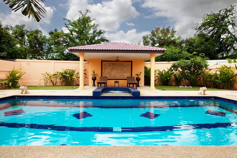 Siam Star Luxury Pool Villa