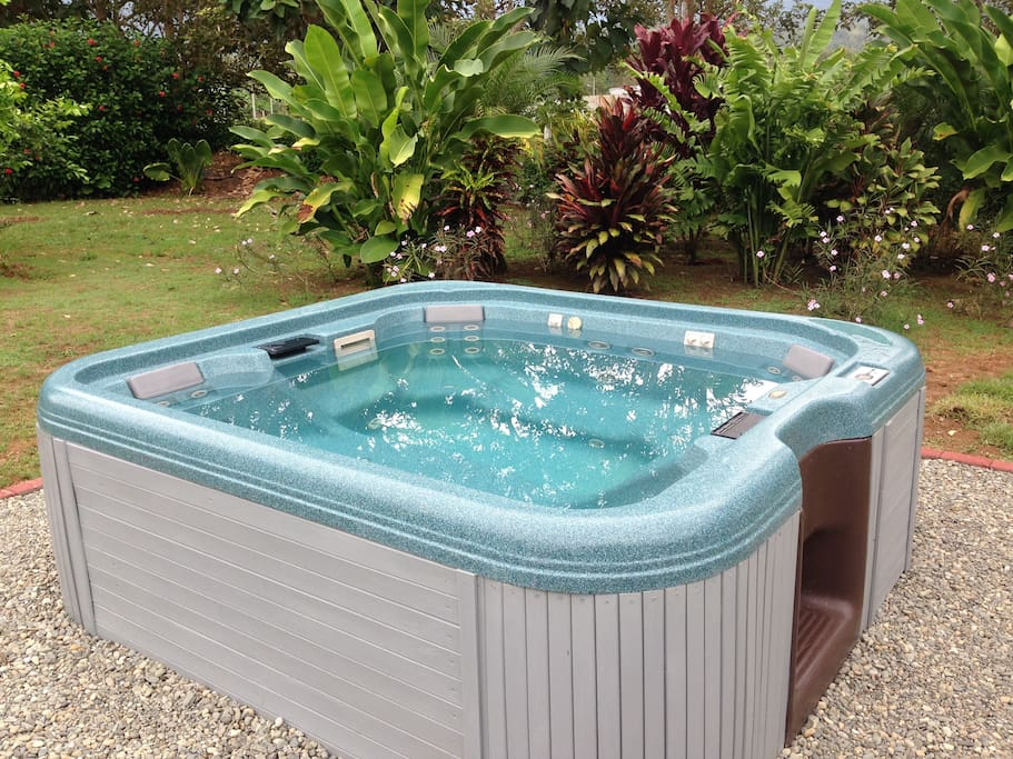 Whirlpool Jacuzzi for max 6