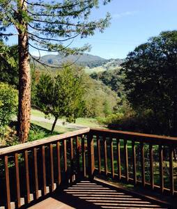 Field of Dreams: Room with a View - Ukiah - House