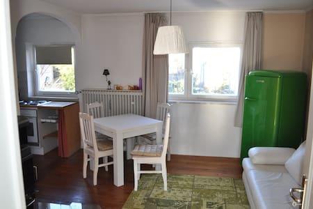 Charming flat close to Munich - Appartement