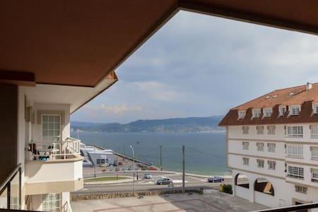 Apartamento con acceso directo a la playa - Lägenhet
