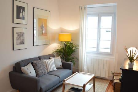 Quiet  flat in central Paris