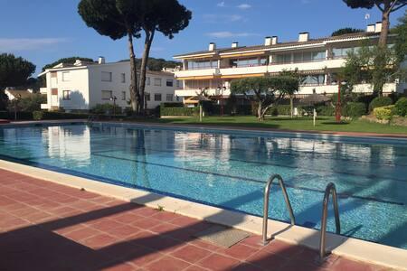 Apartamento nuevo Calella de Palafrugell (Piscina) - Apartamento