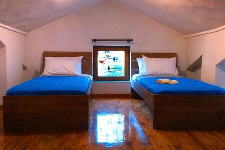 Dreamy Attic Roomy Sea View Loft near City Center - Apartment