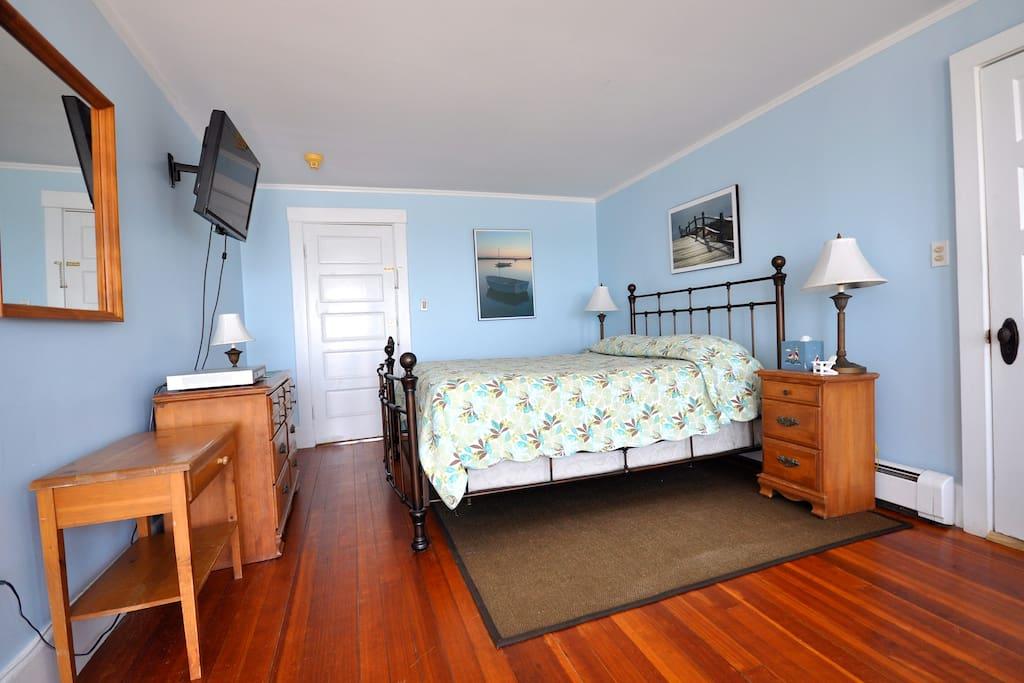 Room #2 Oceanfront Beach House Inn