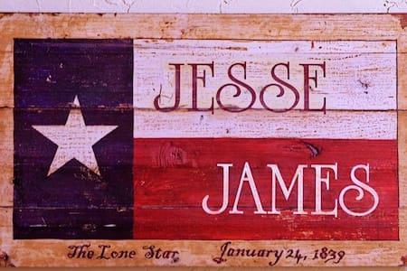 Jesse James Suite  - Granbury