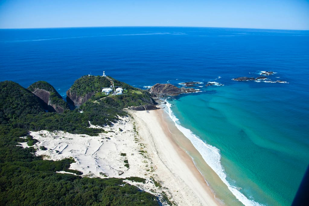 Sugarloaf Point lighthouse and Sawtooth Rocks, Seal Rocks, NSW