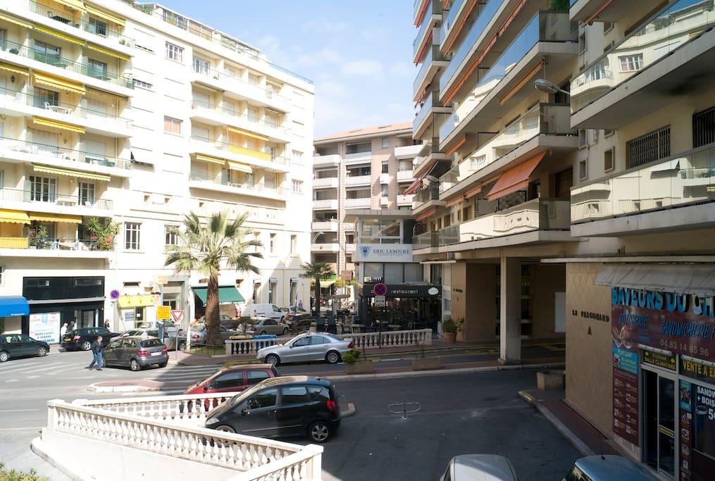 Condo Near Beach & Palais
