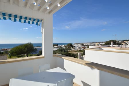 Apartment with sea view..Torre Vado