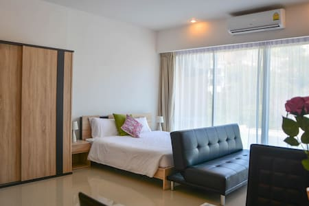 Modern Apartment Walking Distance to Karon Beach - Karon - Apartment