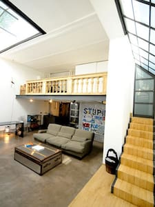 Spanish Steps Terrace Loft Up to 2