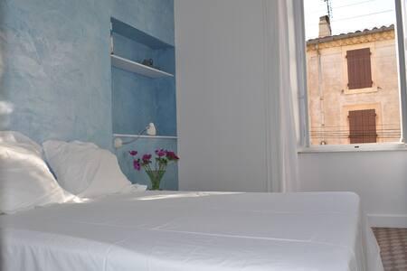 B&B kamer (voorzijde) - Bed & Breakfast