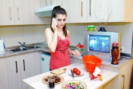 Armenia Hostel complete+affordable - Jerewan - Bed & Breakfast