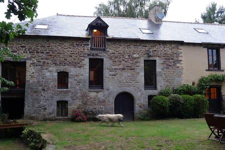 Maison de charme en Bretagne  - House