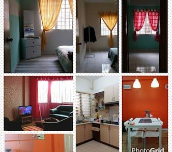 the red house to make you feel home - Kuala Lumpur - Wohnung