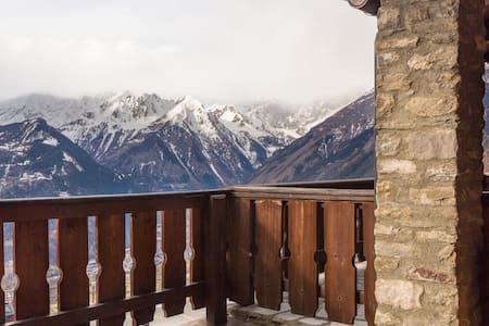 Sotto al Monte Bianco - Flat