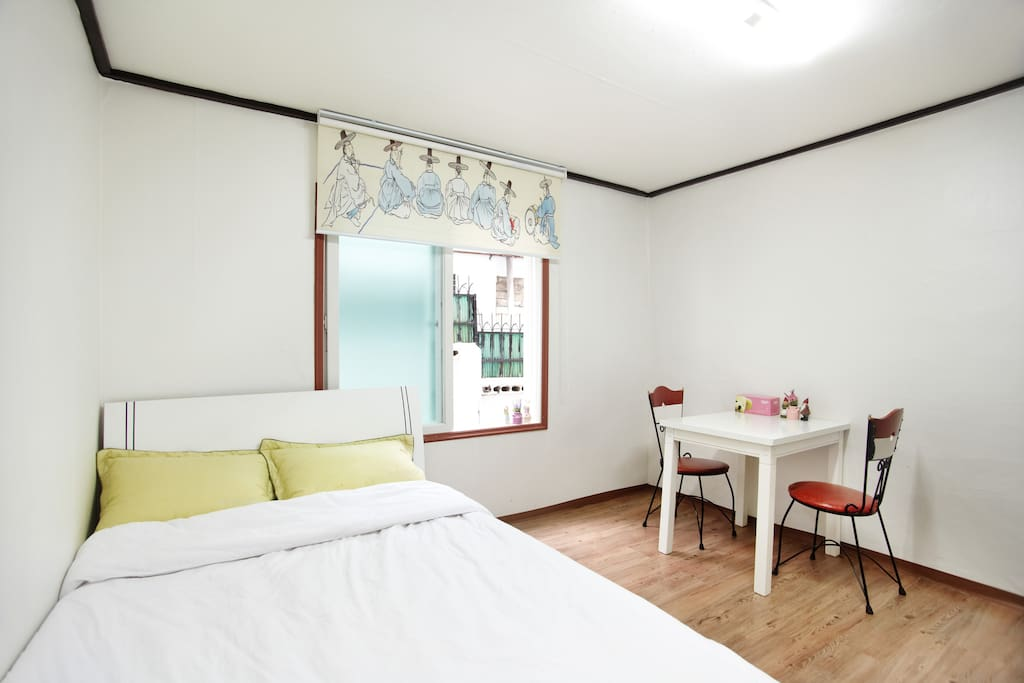 CozyPlace in Itaewon @ 203 / Room 2