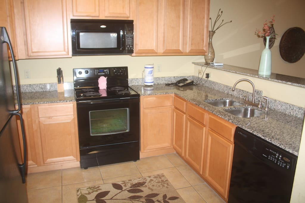 Fully-Equipped kitchen with dishwasher