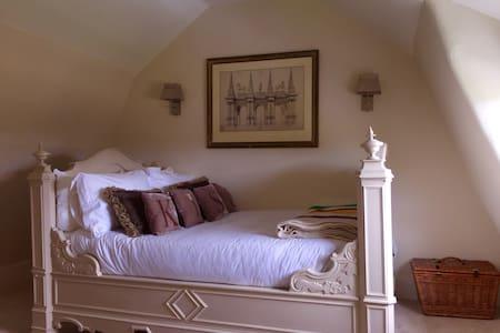 Charming Georgian House - Bed & Breakfast