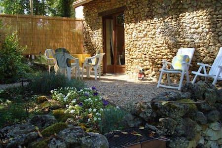 La Petite Maison a Vergt, Dordogne - Ev