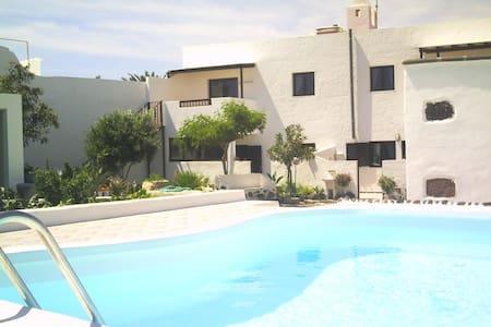 Cálida casa en Mala-Lanzarote - Mala