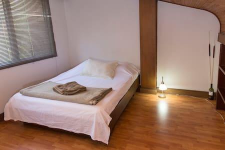 SPACIOUS LUMINOUS RELAX LOFT PARQUE LLERAS - Medellín - Apartment