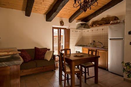 La tana dei conigli al Borgo Antico - Navelli - Haus