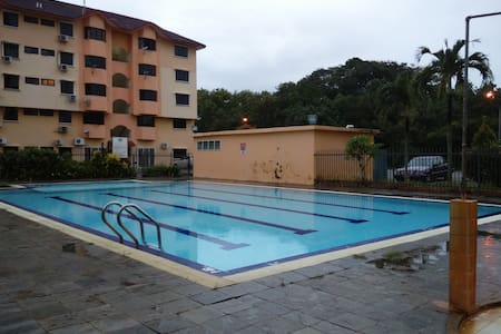3 bedroom W/Swimming Pool&Car Park