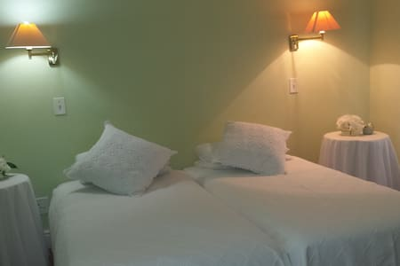 Sleepy Willow Country Accommodation twin rooms - Klapmuts - Guesthouse