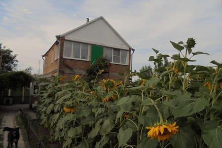 Новочеркасск, дача 160 м² на участке 14 соток - House