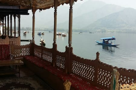 Rooms in luxury House boat, Humayun - ボート