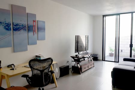 Quiet and Comfy Room near Expo Guadalajara - Appartement