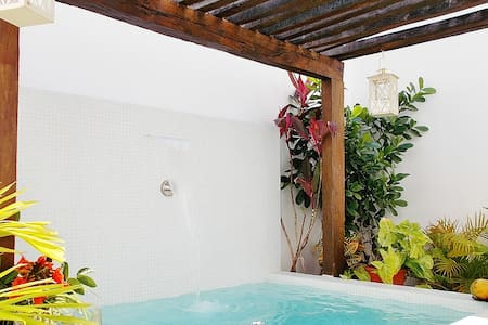 Lovely Apt - Central, Private Pool