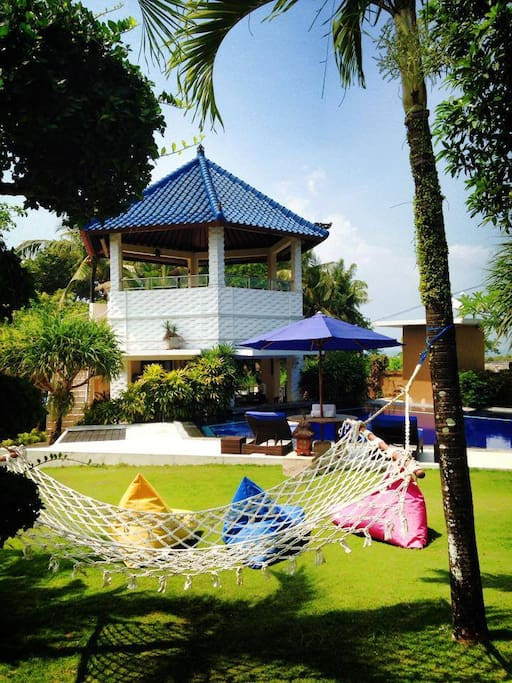 Garden and lounge Villa Bungalows
