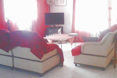 """Maison et services """"MAISON AFIDI """" - Abidjan"""