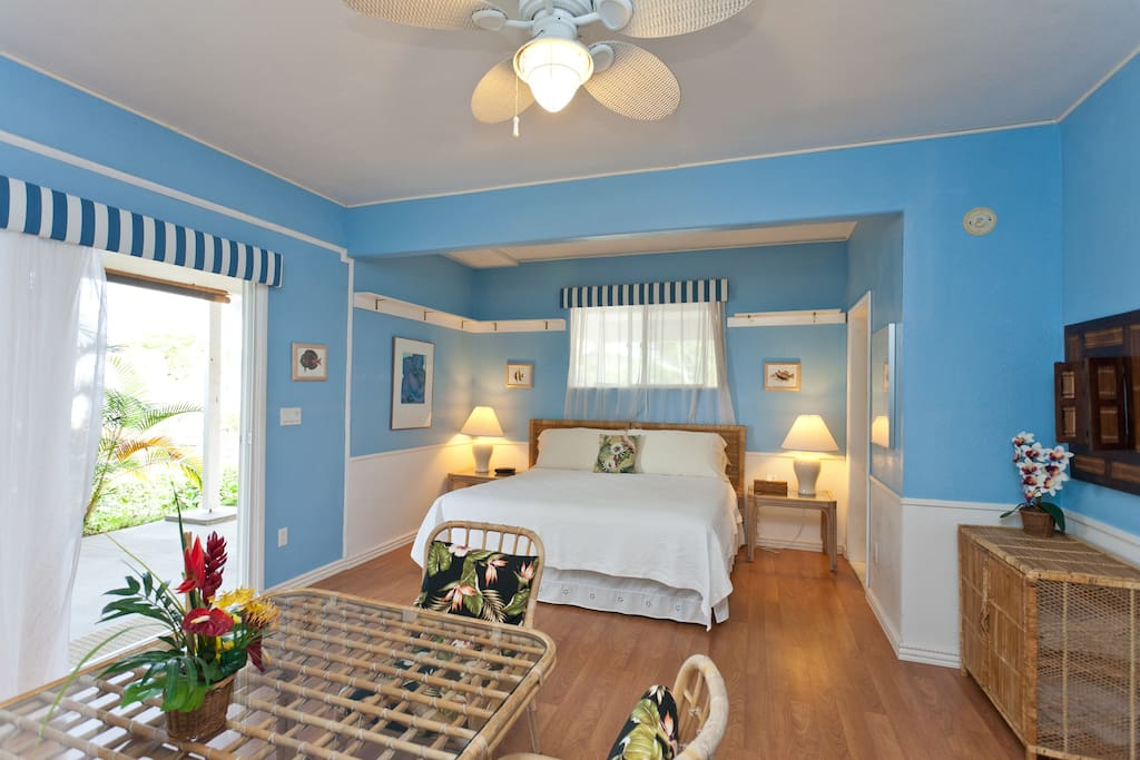 Large bedroom-sitting room is your home away from home.