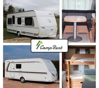 Urlaub im Wohnwagen (Fendt) - Kamp Karavanı/Karavan