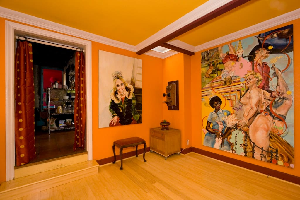A museum-like art collection throughout the house, inside and out.