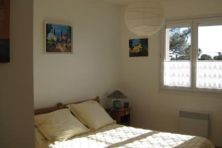 chambre d'hôte dans villa - Saint-Raphaël
