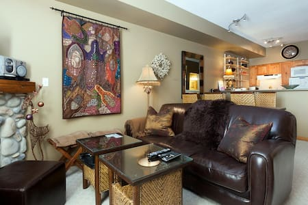 Beautiful Mountainside Condo - Appartement
