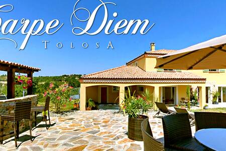 Villa pool,spa, exceptional setting - Dům