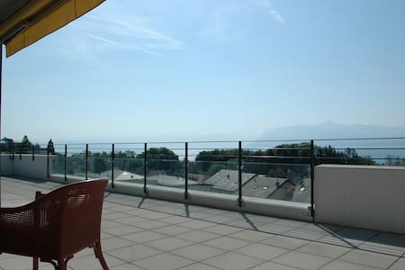 3 bed flat with breathtaking views  - Saint-Prex - Wohnung