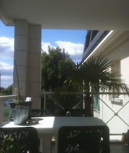 appartement T2 46m2 + terrasse 17m2 - Saint-Cyr-sur-Loire