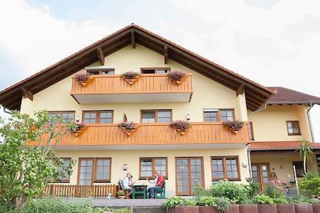 Ferienwohnung im Odenwald - Daire