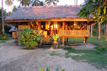 Palawan Ecolodge all incl Habagat - Earth House