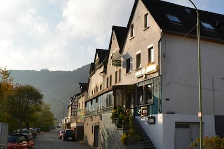 Rooms with breakfast on the Mosel - Bed & Breakfast