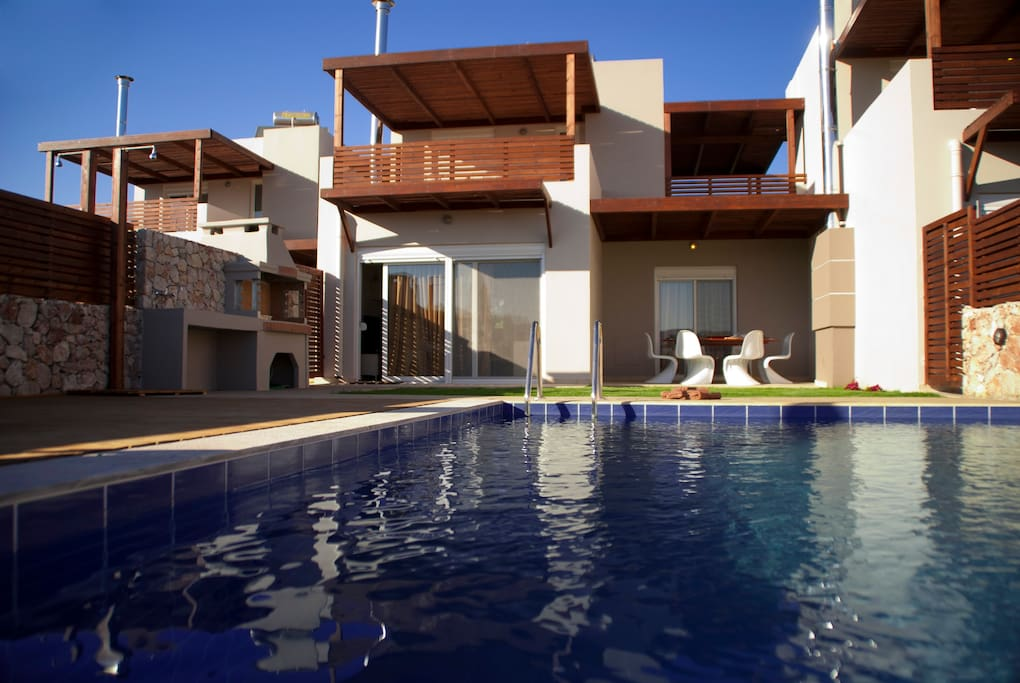 Amazing villas with private pool b.