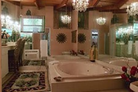 Moroccan Room - Islamorada - Bed & Breakfast